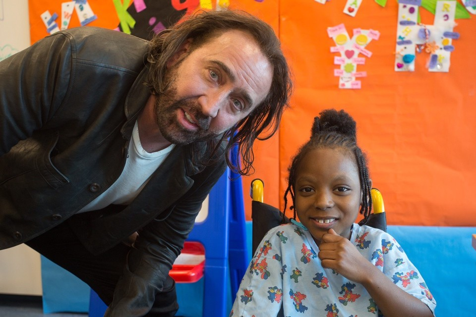 Nicolas Cage pays surprise visit to young patients at Mobile hospital